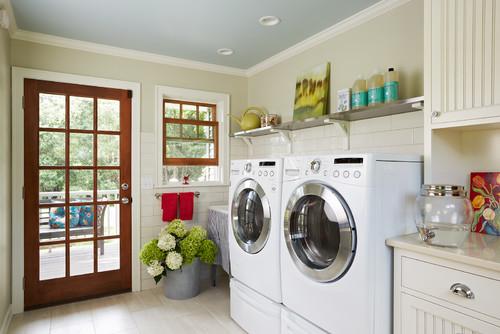 farmhouse-laundry-room.jpg